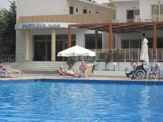 Marilena Hotel : Pool