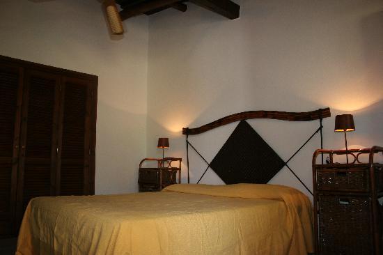 Tenuta U'Locu: Camera da letto