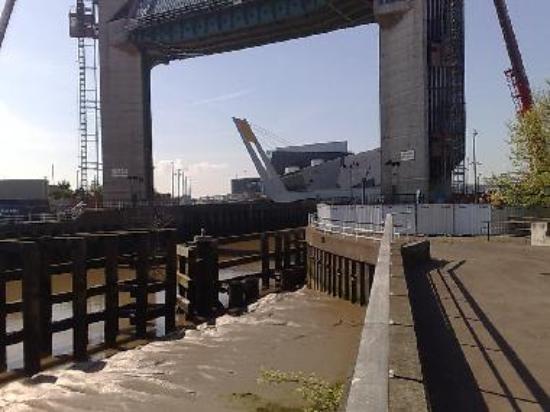 The Deep viewed through the River Hull flood gate
