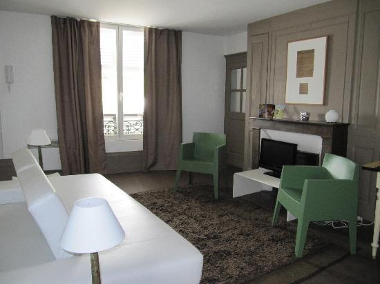 Apparthotel Orsay: London Room ( Salon)