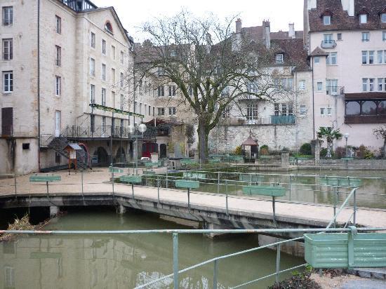 Ντολ, Γαλλία: Dole