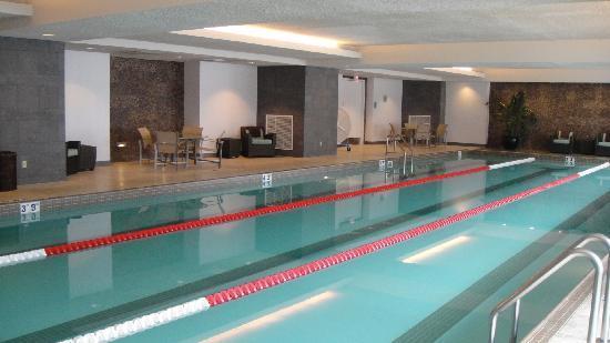 Trump International Hotel & Tower Chicago: Swimming Pool