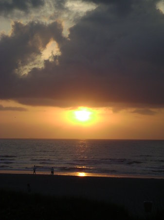 International Palms Resort & Conference Center Cocoa Beach: Cocoa Beach Sunrise at Intl. Palms