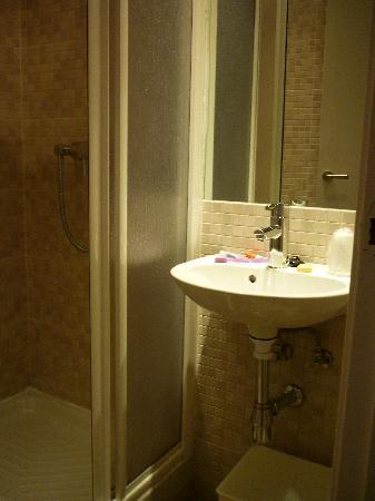 Hostal Santa Isabel: Baño