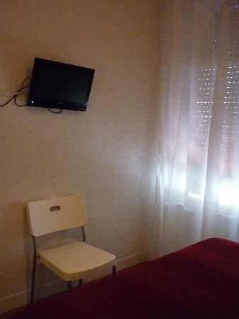 Hostal Santa Isabel: Habitacion