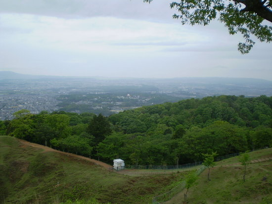 Nara, Giappone: 春日山二重目からの風景