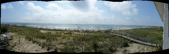 Sea Ranch Motel: A panoramic shot from our room