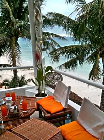 Artista Beach Villas: Breakfast with a Beautiful View