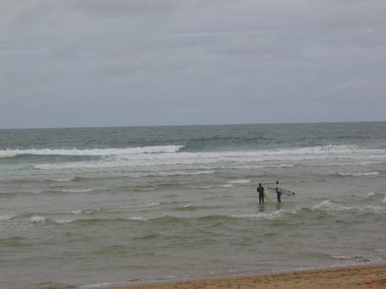 Messanges surf school: les bons conseils de cyril une fois dans l'eau
