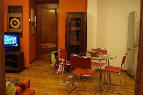 Apartamentos Turisticos Ezcaray: Salón