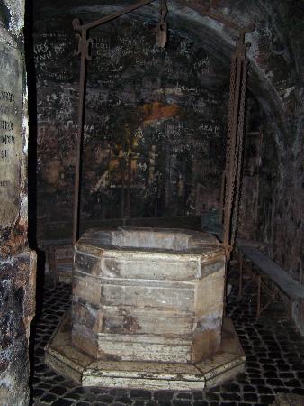 La Cisterna: Cistern