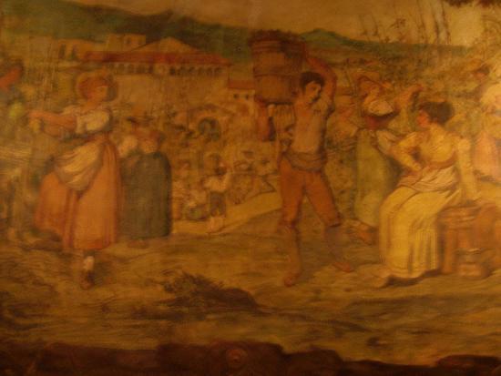 La Cisterna: Wall in restaurant