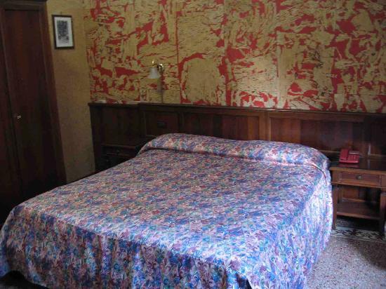 Giada Hotel : clean & comfortable enough!