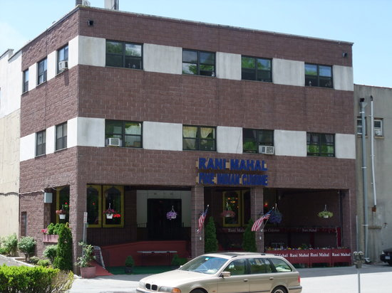 Mamaroneck, NY: Restaurant Building