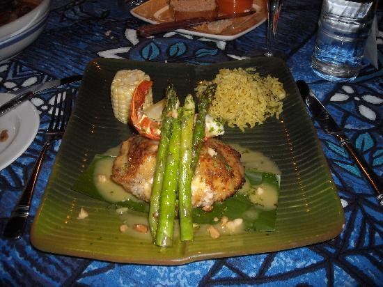 Mama's Fish House: stuffed mahi mahi