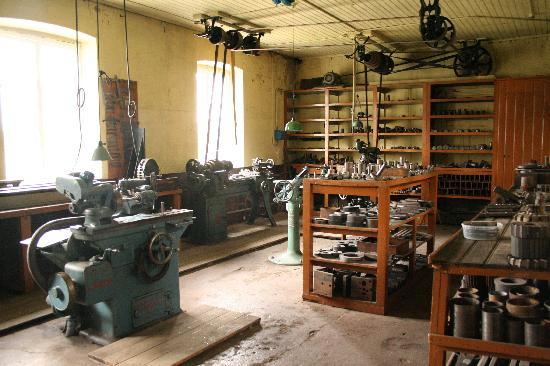 Pythagoras Industrial Museum: View of factory interior
