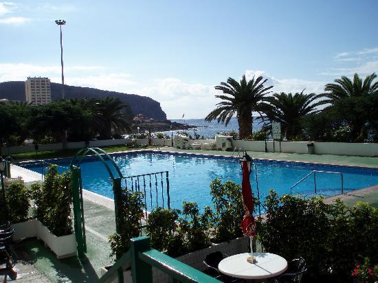 Comodoro Apartments: The swimming pool