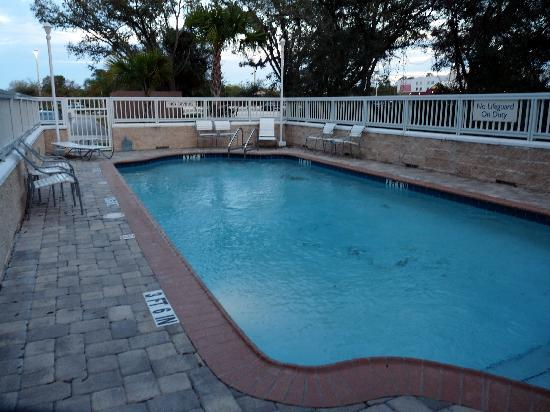 Fairfield Inn & Suites Melbourne Palm Bay/Viera : Pool