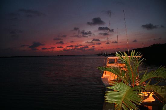 Aruba: sunset at marandi