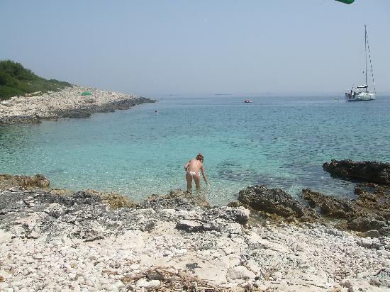 Хвар, Хорватия: spiaggia jerolim hvar