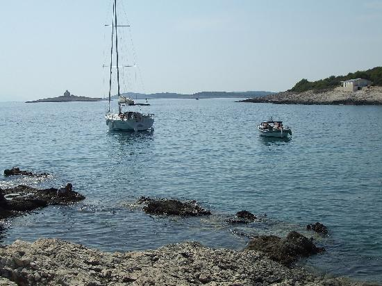spiaggia robinson hvar