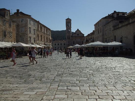 piazza di hvar