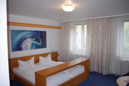 Hotel Jakober Hof: habitacion
