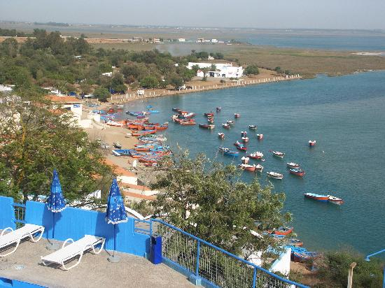 Moulay Bousselham Lagoon: Lagoon below El Lagon Hotel
