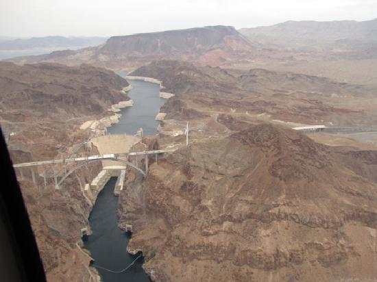 Fabulous Hoover Dam Helicopter Tours
