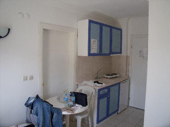 Atlantis Apart Inside Room