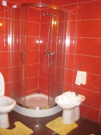 Residencial Monte Carlo: La ducha