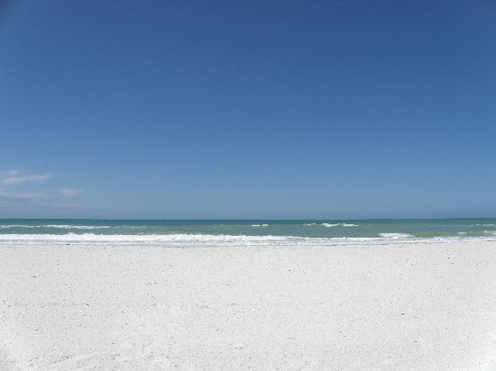 Lido Islander: Yes, Lido Beach is THAT pefect!