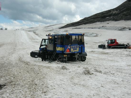 Glacier 3000: Glacier Tour