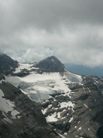 Glacier 3000: mountain view