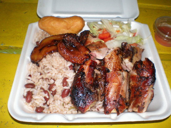 Craft Market Cafe : Jerk Chicken and Rice and Beans