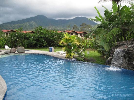 Casa Luna Hotel & Spa: Beautiful pool with fountain
