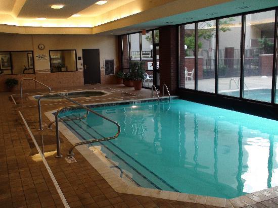 Big Pool Area Picture Of Drury Inn Amp Suites Columbus