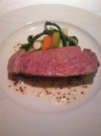 Aux Gourmands : 豚の炭焼き