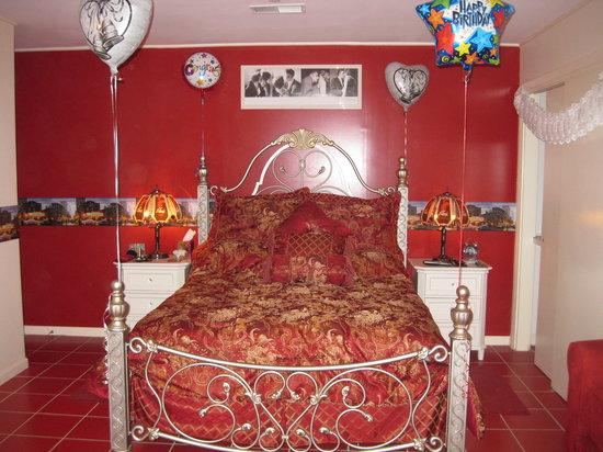 Gracepines Bed & Breakfast