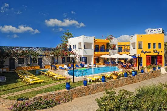 Aegean Sky Hotel & Suites: Aegean Sky ..Pool Area