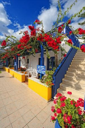 Aegean Sky Hotel & Suites: Aegean Sky 1..Balkonies