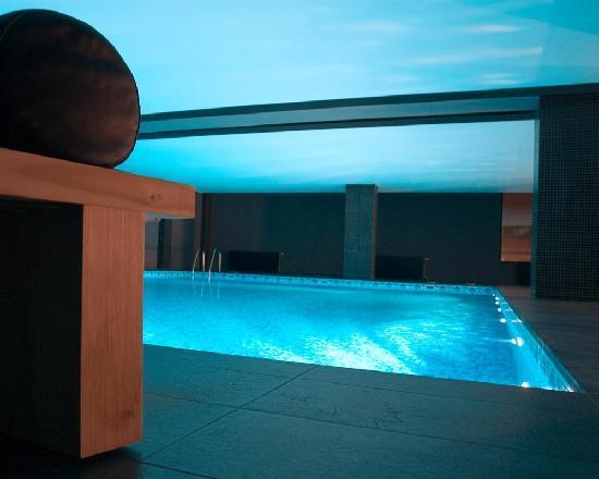 Pool - Hotel Villa Roka - Bansko, Bulgaria