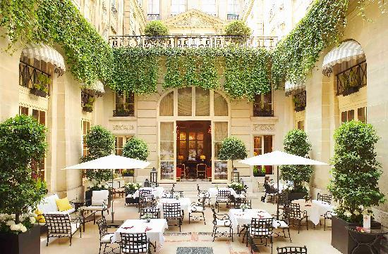 "Hotel de Crillon: The ""Patio"""