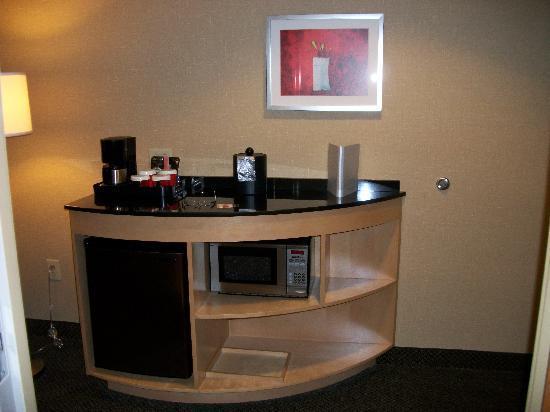 Cambria hotel & suites Raleigh-Durham Airport: Beautiful Suite