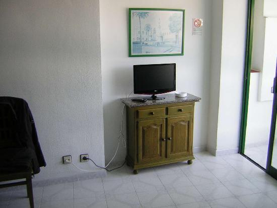 Maba Playa Apartments : LCD TV!