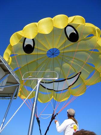 Sky's The Limit Parasail : Skys the Limit parasail