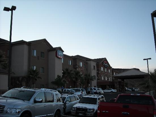 TownePlace Suites St. George: Exterior