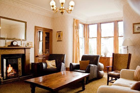 Dunallan House: lounge area
