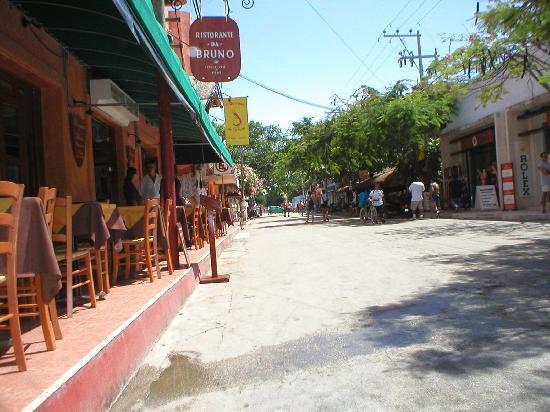 Playa del Carmen, Mexico: 5th Ave