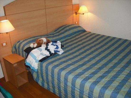Campanile Narbonne : cama